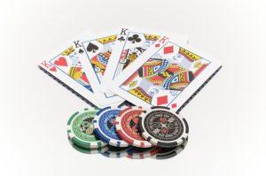 Karten und Poker Chips